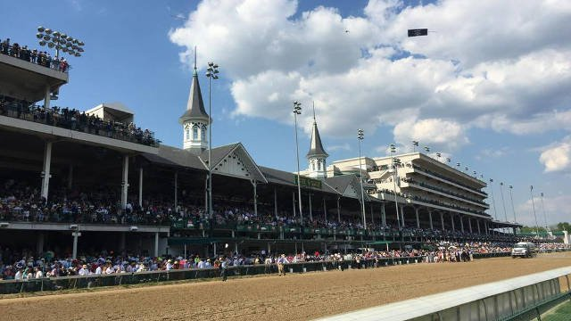 The official announced attendance for the 141st running of the Kentucky Derby was 170,513 on May 2, 2015.