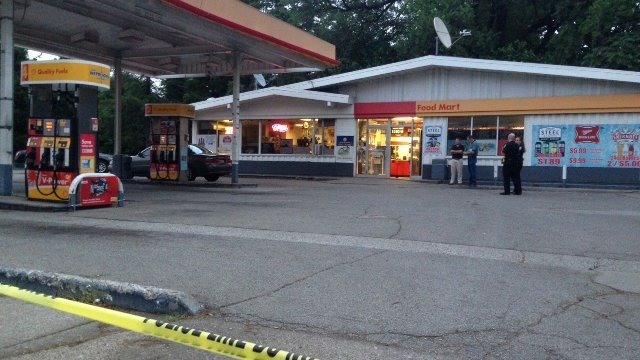 The Shell station where Paul Cason was stabbed at South Floyd and West St. Catherine Streets.