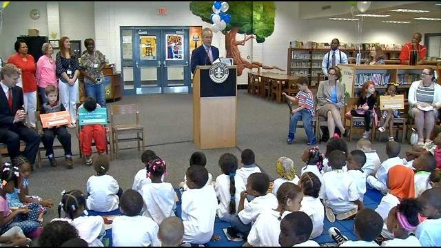 Mayor Greg Fischer and JCPS Superintendent Donna Hargens were on hand Thursday as Kindergarten Countdown 2015 was launched at Cochran Elementary School.