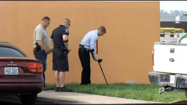 Detectives looked for evidence after a murder victim was found outside the Super 8 Hotel in Shepherdsville.