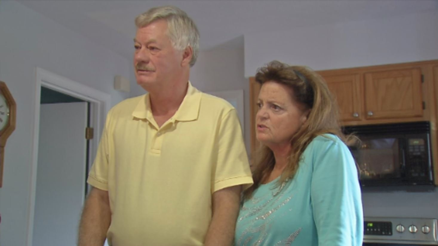 General Electric retiree Wayne Gunnell and his wife, Lou, at their home in Eminence, Ky.