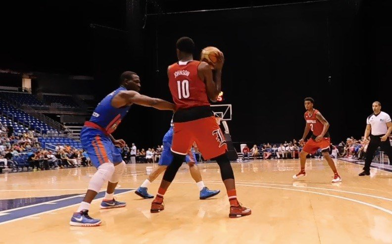 Jaylen Johnson prepares to make an offensive move late in Wednesday's loss to Puerto Rico. (WDRB photo by Eric Crawford)