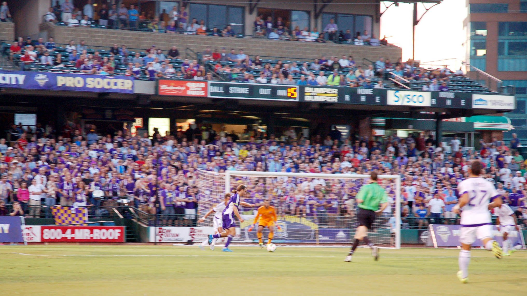 Matt Fondy cuts towards the 18-yard box on his way to netting Louisville's first goal vs Orlando City SC Tuesday, Aug. 25, 2015.
