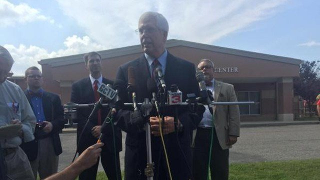 Attorney Matt Staver addresses the media outside the Carter County Jail after meeting with Rowan County Clerk Kim Davis Friday afternoon.