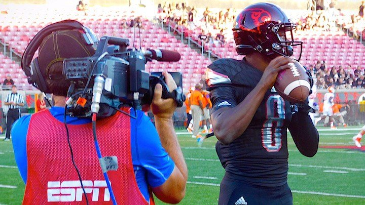 Freshman quarterback Lamar Jackson is Louisville's long-term best bet as a starter. (WDRB photo by Eric Crawford.)