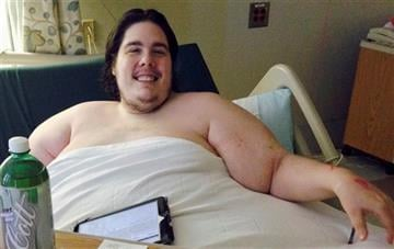 (AP Photo/Jennifer McDermott). In this Monday, Oct. 12, 2015 photo, Steven Assanti, 33, rests in bed at Kent Hospital in Warwick, R.I.
