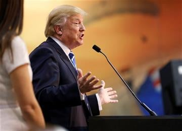 (AP Photo/Steve Helber) Republican presidential candidates Donald Trump and Ben Carson are threatening to boycott the next GOP debate over its proposed format, underscoring a rare political alliance between the leading outsider candidates.
