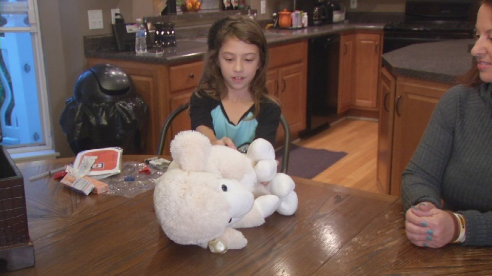 Audrey Stepp shows us how to use Evzio on her stuffed lamb.