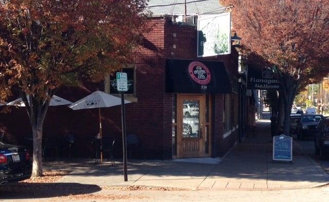 Flanagan's Ale House, 934 Baxter Avenue