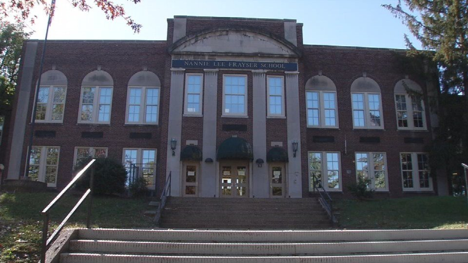 Frayser Elementary School (WDRB News photo)