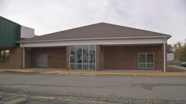 A South Carolina company wanted to open the clinic, which helps heroin addicts break their addiction, in the Bardstown Square shopping center next to Harbor Freight.