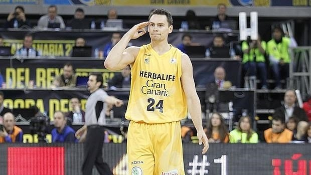 Kyle Kuric has been released from his Barcelona hospital, according to media reports in Spain. (El Mundo photo)