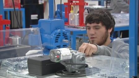 Jared Yount, FAME student, in the lab at JCTC