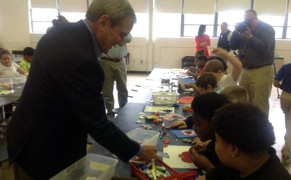 Rep. John Yarmuth joined students at Dixie Elementary School to create Valentines on Feb. 8, 2016 to distribute to patients at Louisville's VA Hospital.