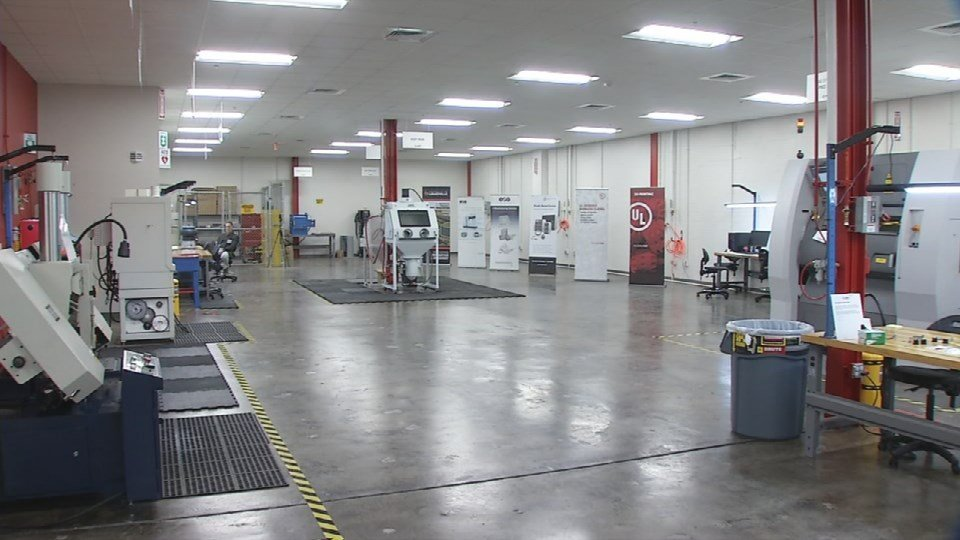 """""""This facility puts the University of Louisville at the forefront of the advanced manufacturing movement,"""" said U of L President James Ramsey."""