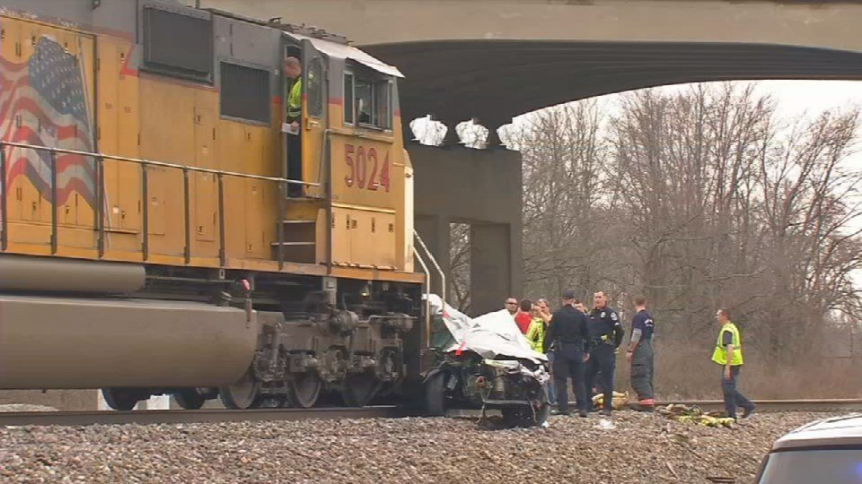 3 Louisville teens remembered 1 year after fatal train ...