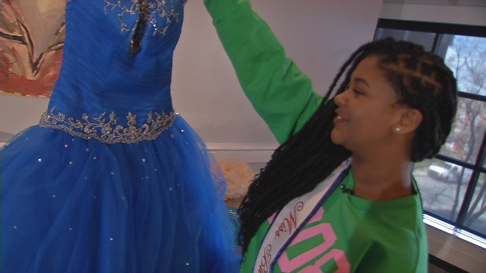 Miss Black Kentucky collecting gowns for prom dress drive - WDRB 41 ...
