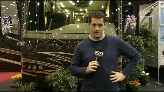 The world 39 s largest rv trade show is in louisville wdrb for Largest craft shows in the us