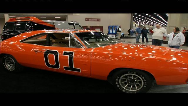 Carl Casper Auto Show Kicks Off Friday Night WDRB Louisville News - Louisville car show