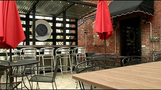 Restaurant Impossible revamps Coach Lamp Restaurant - WDRB 41 ...