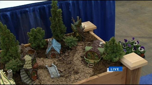 LOUISVILLE, Ky. (WDRB)    Keith Kaiser Is Preparing Himself For Spring And  Is Checking Out The Home, Garden And Remodeling Show At The Kentucky Expo  Center.