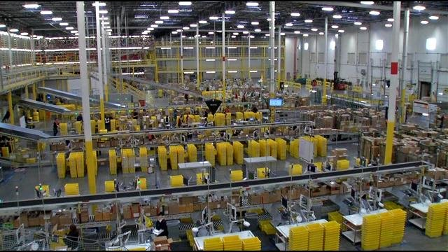 Kentucky Business Search >> Amazon's Jeffersonville Fulfillment Center ramps up for Cyber Monday - WDRB 41 Louisville News
